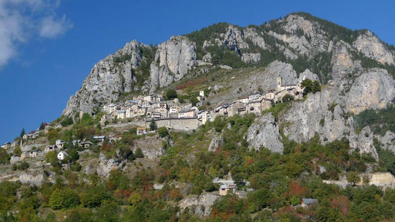 The village of Roubion