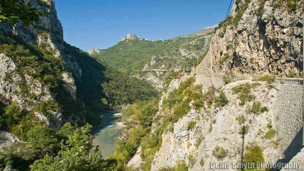 D952 entering the Gorge du Verdon